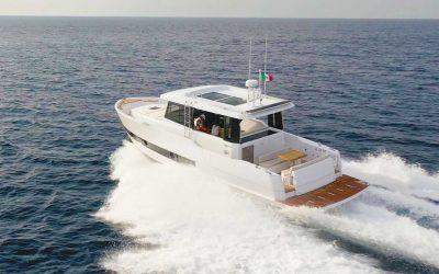 Sundeck Yachts 430S. Cruise-Fish-Sport